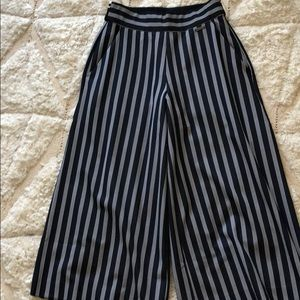 Sweaty Betty Pants & Jumpsuits - Crop wide leg pant